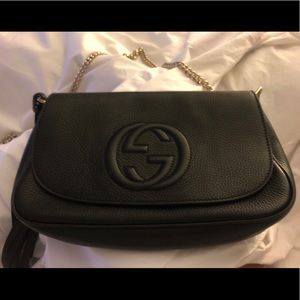 Gucci Bags - Black leather Gucci soho chain crossbody